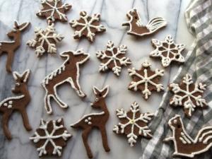 """gingerbread"" salt dough ornaments   Brooklyn Homemaker"