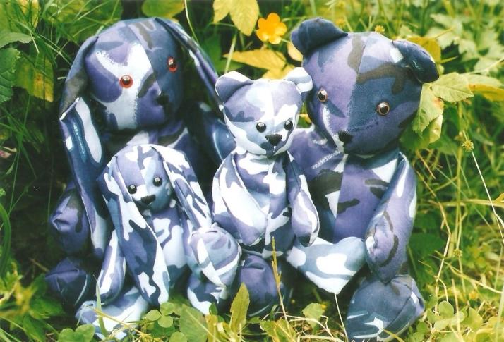 Camoflage bears 001
